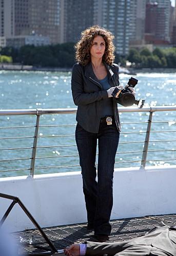 CSI NY: Melina Kanakaredes in una scena dell'episodio Cuckoo's Nest