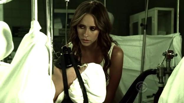 Ghost Whisperer: Jennifer Love Hewitt nell'episodio Do Over, della quinta stagione della serie televisiva
