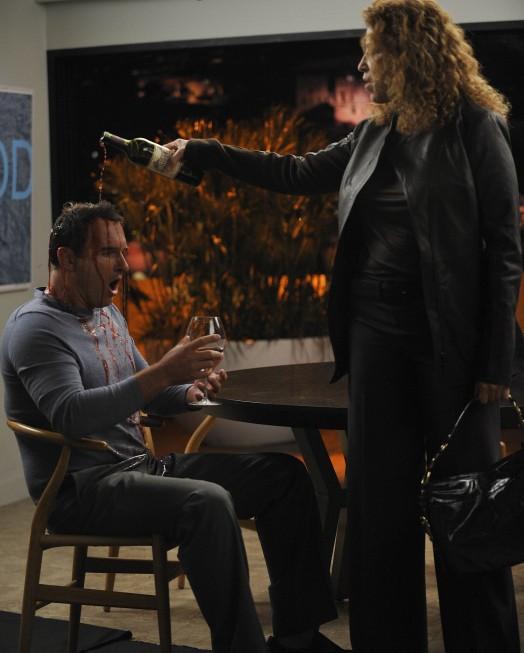 Nip/Tuck: Julian McMahon e Roma Maffia in una scena della stagione 6