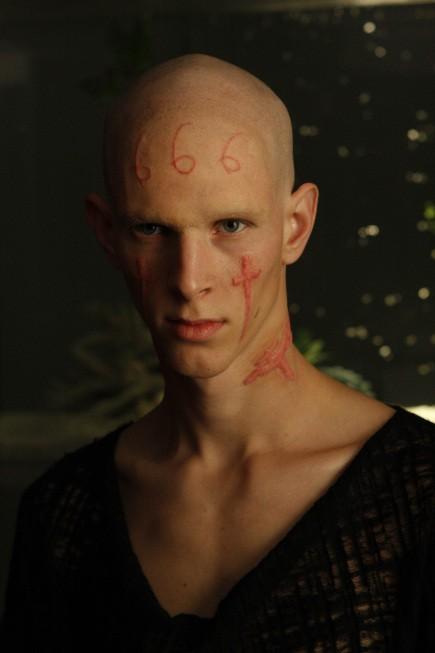 Nip/Tuck: Parker Croft in una scena della stagione 6