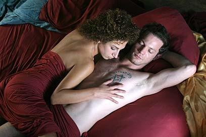 Una sensuale sequenza del film Forgiveness di Udi Aloni