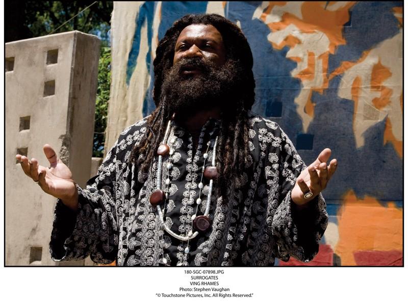 Ving Rhames in una scena del film Il mondo dei replicanti (Surrogates, 2009)