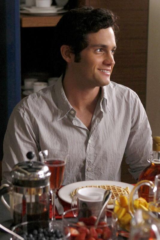 Dan (Penn Badgley) a colazione nell'episodio Enough About Eve di Gossip Girl