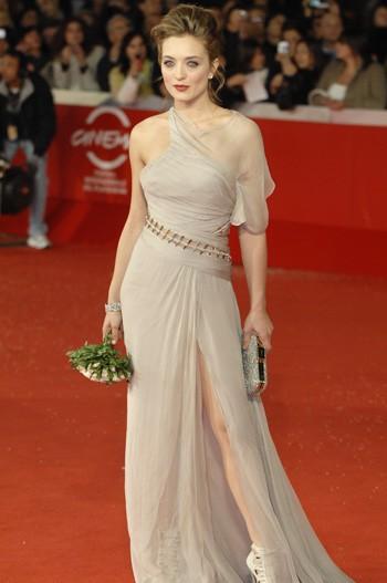 Festival di Roma 2009: una splendida Carolina Crescentini presenta la commedia Oggi Sposi
