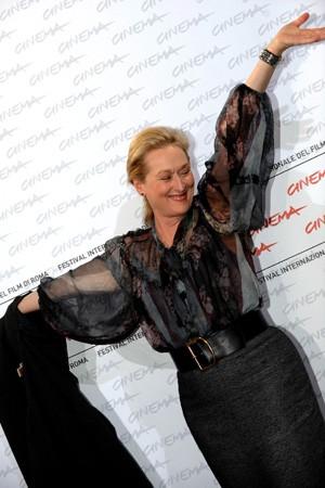 Festival di Roma 2009: Una splendida Meryl Streep volteggia davanti ai fotografi