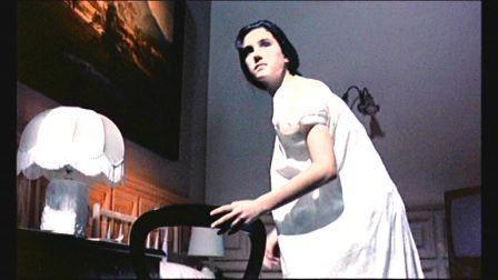 Jennifer Connelly in una scena del film Phenomena ( 1985 )