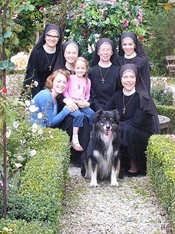 La locandina di Un ciclone in convento
