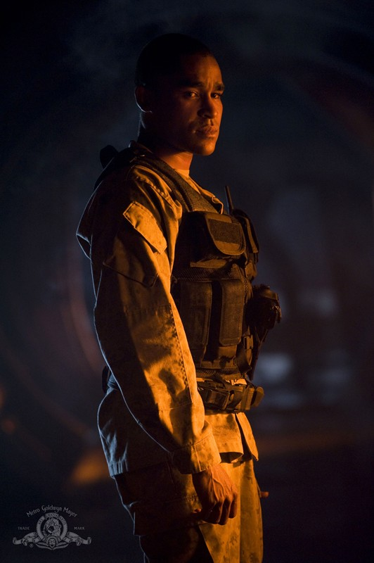 Jamil Walker Smith è Ronald Greer nell'episodio Light di Stargate Universe
