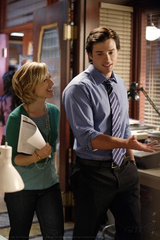 Allison Mack e Tom Welling in una scena dell'episodio Crossfire di Smallville