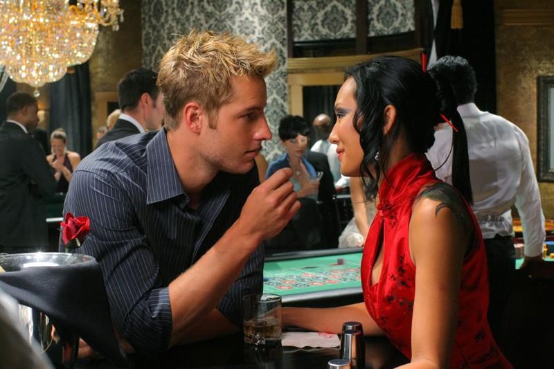 Justin Hartley e Steph Song nell'episodio Roulette di Smallville