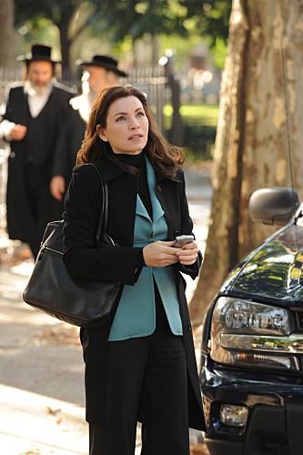 The Good Wife: Julianna Margulies in una scena dell'episodio Unorthodox