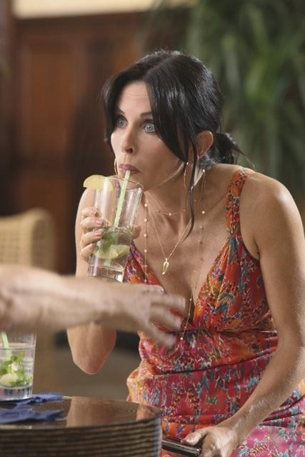 Cougar Town: Courteney Cox nell'episodio Two Gunslingers