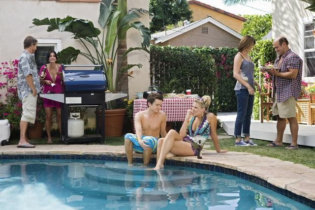 Cougar Town: una scena dell'episodio Don't Come Around Here No More