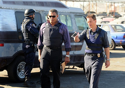 CSI New York: Gary Sinise e Laurence Fishburne nell'episodio Hammer Down