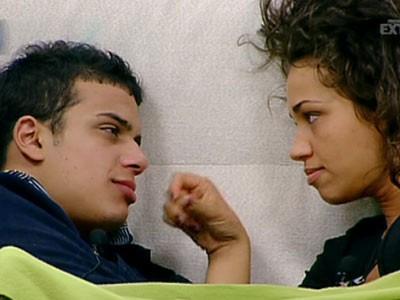 Grande Fratello 10: prime effusioni tra Carmen Andolina e Marco Mosca