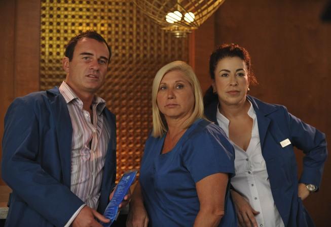 Nip/Tuck: Julian McMahon, Linda Klein e Roma Maffia nell'episodio Jenny Juggs