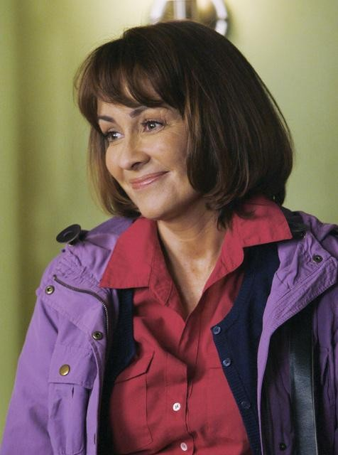 The Middle: Patricia Heaton nell'episodio The Front Door