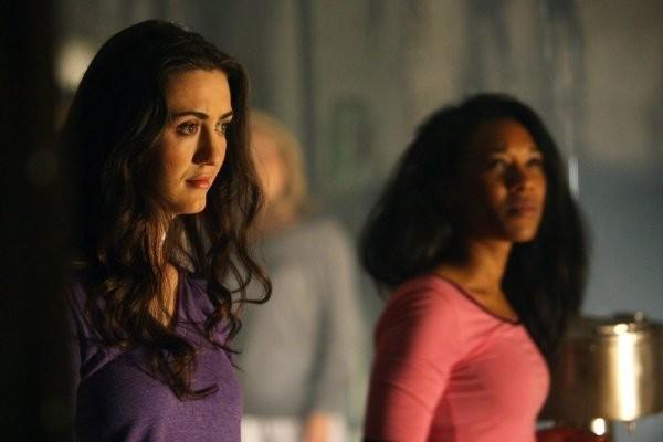 Madeline Zima in una scena tratta da Strange Attractors della quarta stagione di Heroes