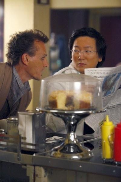 Robert Knepper e Masi Oka in una scena di Once Upon a Time in Texas dalla quarta stagione di Heroes