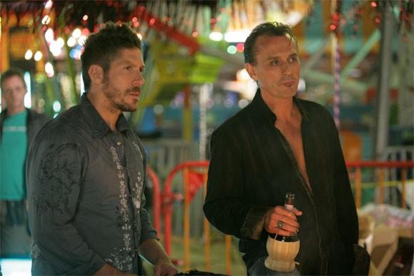 Robert Knepper e Ray Park in una scena tratta da Tabula Rasa dalla quarta stagione di Heroes