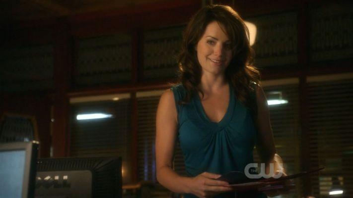 Una sorridente Erica Durance nell\'episodio Rabid di Smallville