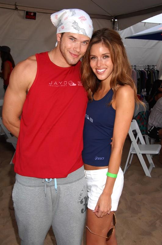 Kellan Lutz e Kayla Ewell allo JAYO Invitational Celebrity Pro-Am Beach Volleyball Tournament, nell'agosto 2008