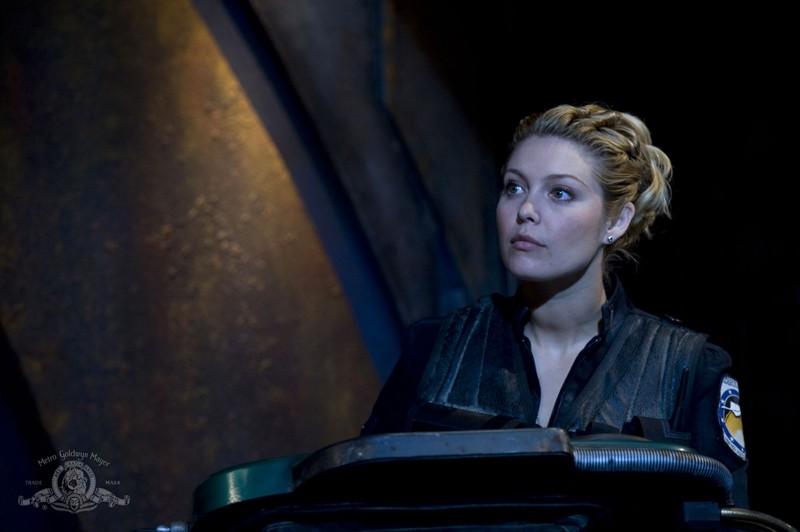 Alaina Kalanj nell'episodio Water di Stargate Universe