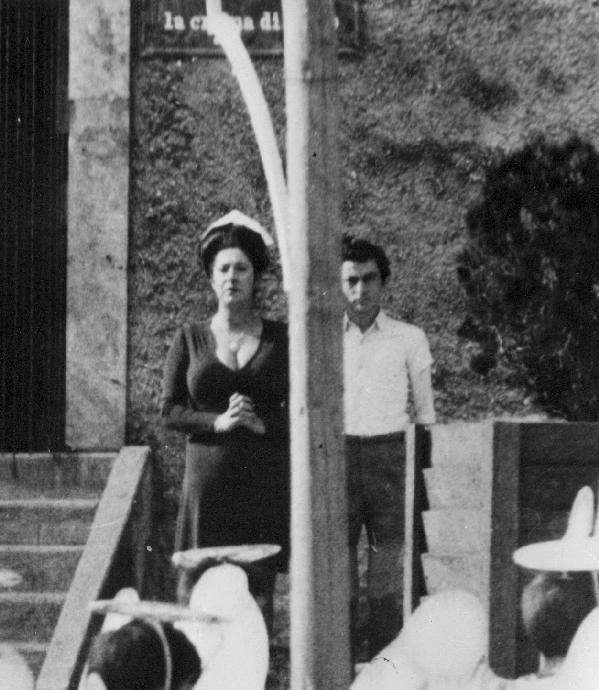 Alina De Simone e Nicola Natalia sul set del film \'San Pasquale Baylonne protettore delle donne\'