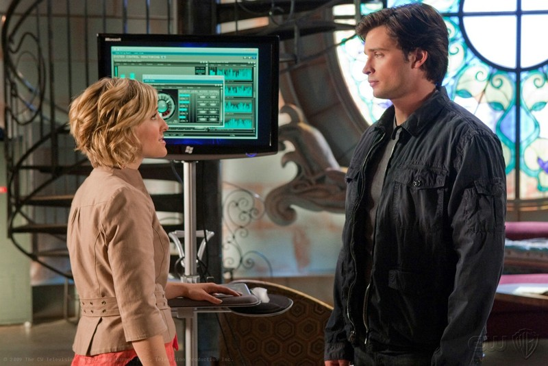Allison Mack e Tom Welling in una sequenza dell'episodio Kandor di Smallville