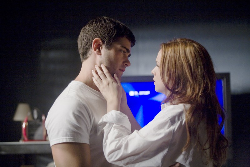Jesse Metcalfe e Amber Tamblyn in una immagine del film Un alibi perfetto.