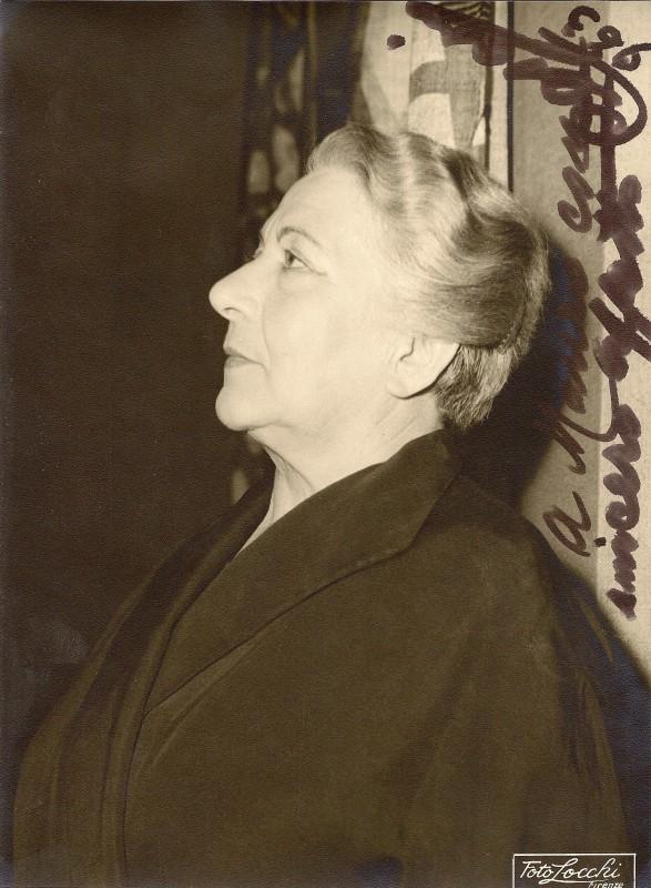 CESARINA CECCONI, Attrice.