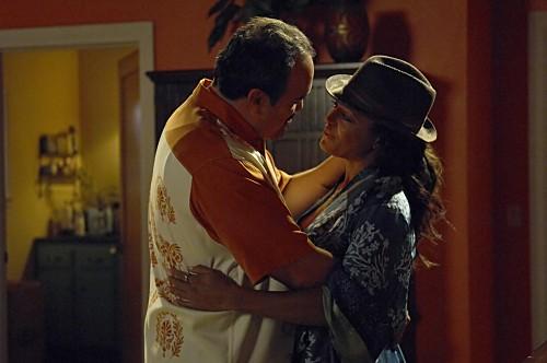 Dexter: David Zayas e Lauren Vélez nell'episodio If I Had a Hammer