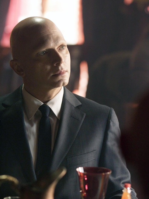 Fringe: Michael Cerveris è The Observer nell'episodio August