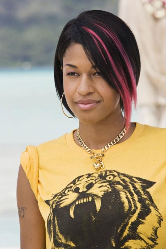 Kali Hawk nel film L'isola delle coppie, del 2009