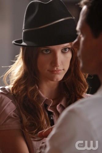 Melrose Place: Ashlee Simpson-Wentz nell'episodio Shoreline