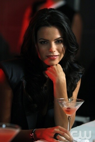 Melrose Place: Jenna Dewan in una scena dell'episodio Gower