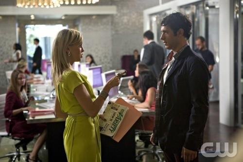 Melrose Place: Katie Cassidy e Michael Rady in una scena dell'episodio Ocean