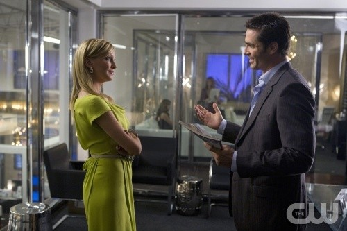 Melrose Place: Katie Cassidy e Victor Webster nell'episodio Ocean
