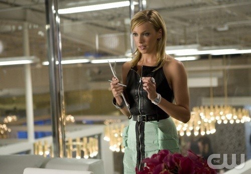 Melrose Place: Katie Cassidy in un momento dell'episodio Cahuenga