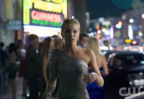 Melrose Place: Katie Cassidy nell'episodio Cahuenga