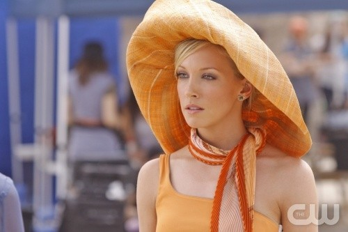 Melrose Place: Katie Cassidy nell'episodio Windsor