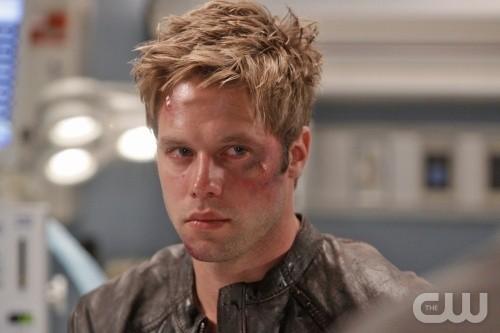 Melrose Place: Shaun Sipos nell'episodio Shoreline