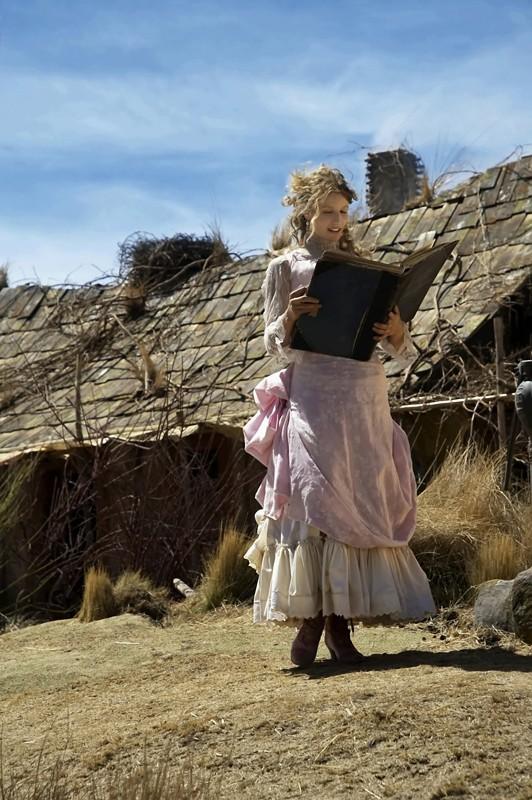 Alexandra Lamy interpreta Belle nel film Lucky Luke