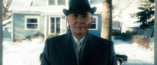 Frank Langella in una scena di The Box