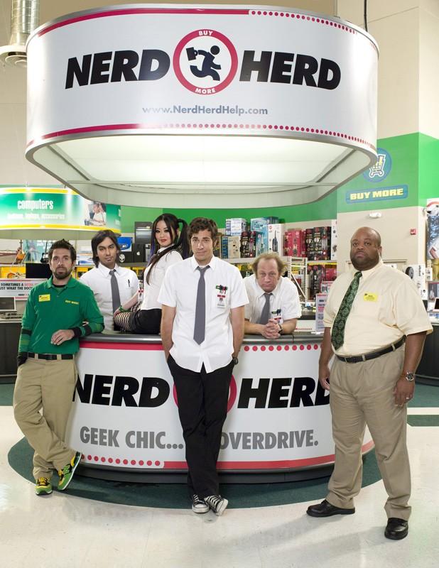 Una foto di gruppo del cast per la seconda stagione della serie tv Chuck