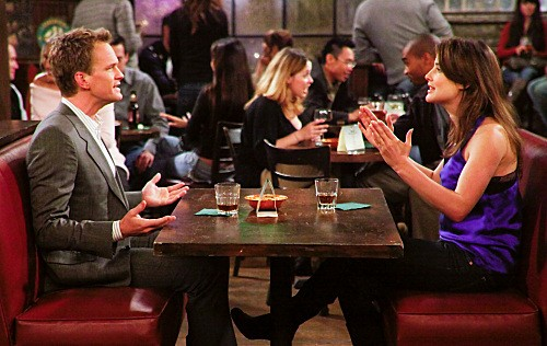 How I Met Your Mother: Neil Patrick Harris e Cobie Smulders nell'episodio The Playbook