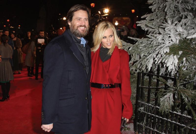 Jim Carrey con Jenny McCarthy alla premiere di A Christmas Carol