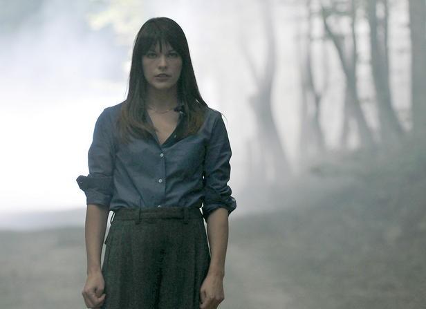 La bella Milla Jovovich in una scena del thriller The Fourth Kind (2009)