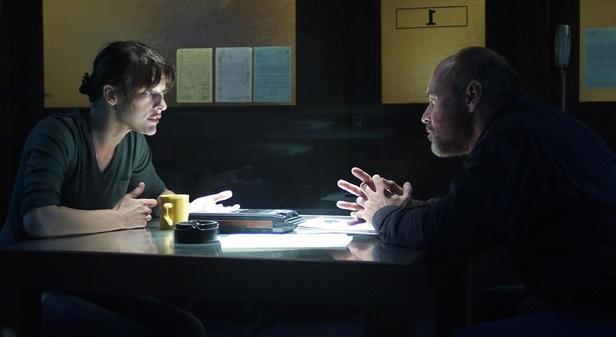 Milla Jovovich in una immagine del thriller The Fourth Kind (2009)