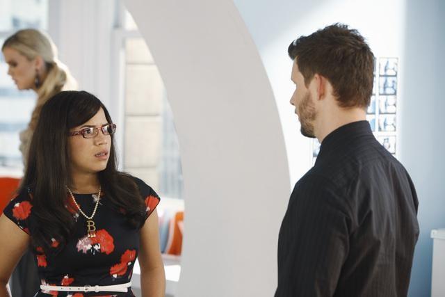 Ugly Betty: Eric Mabius ed America Ferrera nell'episodio Plus None